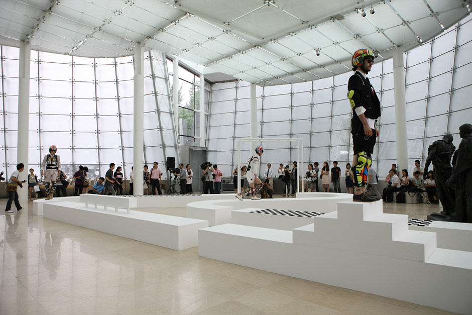 2011, Fashion into Art, Plateau, Seoul(3)