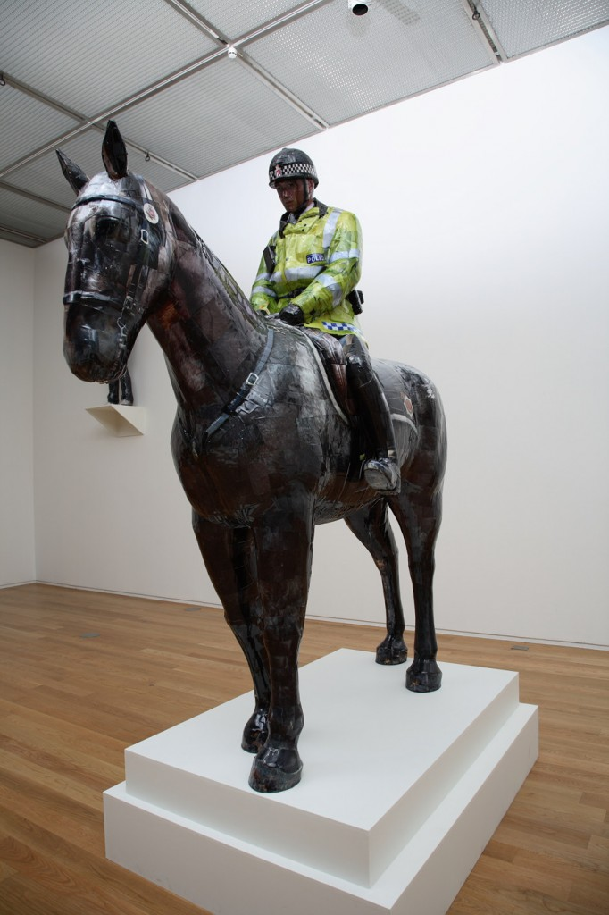 Manchester Mounted Police, 2008, C-print,mixed media, 278x110x128cm(1)